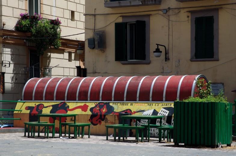 Napoli, largo baracche