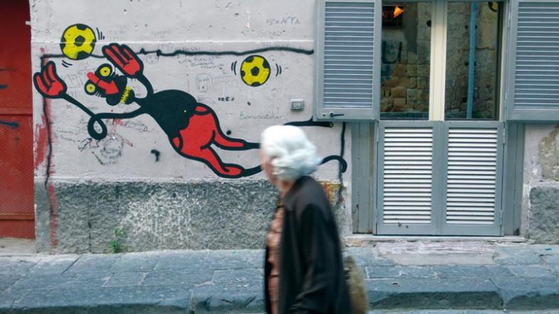 Napoli, via salatore trinchese