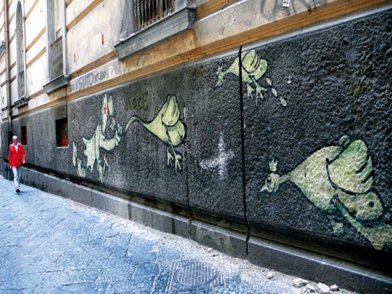 Napoli, via paladino