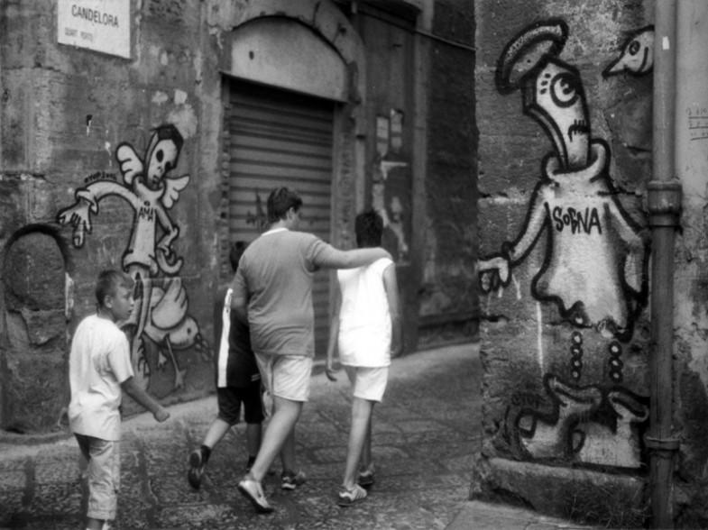 Napoli, via candelora / largo banchi nuovi